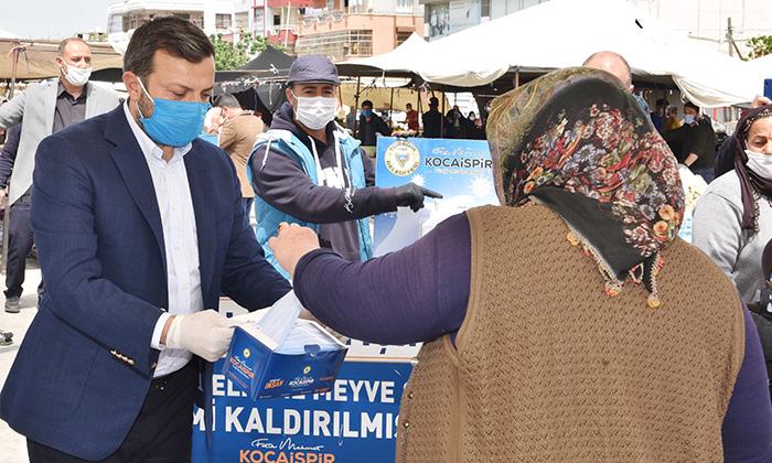 Yüreğir Belediyesi'nden 1 Milyon Maske